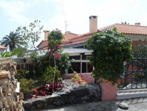 Inn & Art Hotel And Villas