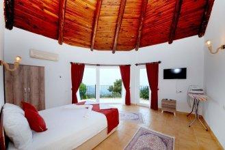 Villa Muge by Akdenizvillam