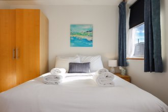 Spacious 4 Bedroom Home in East London