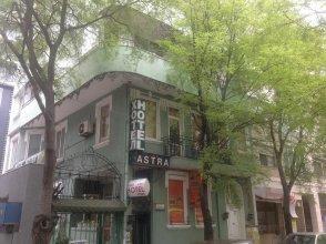 Astra Family Hotel