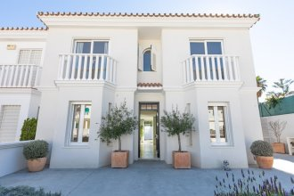 Guadalmina Beach Front Villa Retreat