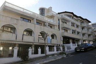 Hotel Corona by Asteri Hotels
