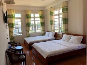 Ngoc Loan Hostel
