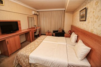 Отель Tourist Baku