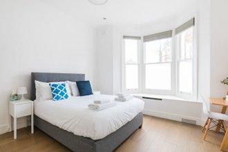 Modern stylish and luxurious 1 bed flat