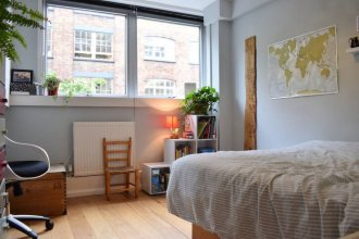 2 Bedroom Flat In Farringdon