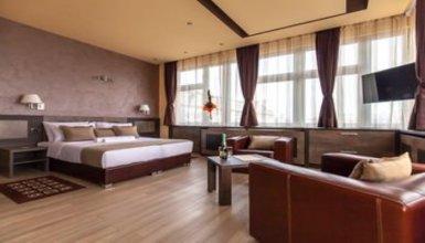 Amarilis 717 Apartments & Rooms