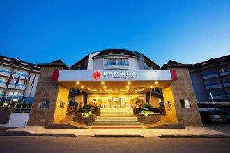 Отель Ramada Resort Side