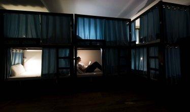 Joeys Hostel