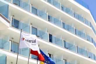 Universal Hotel Perla