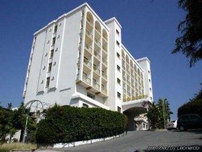 Golden Arches Hotel