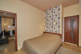 Na Lunacharskogo 26a Apartments