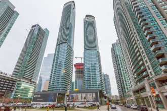 Noel Suites-York St and Lakeshore Blvd