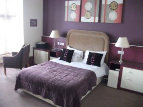 Staincliffe Hotel