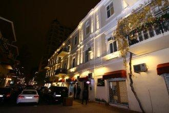 Nizami Street Hostel