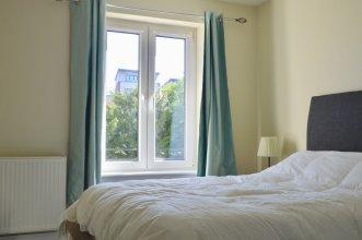 Central Edinburgh 2 Bedroom Apartment