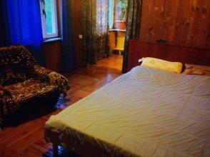 Guest House On Sukhumskoye Shosse 22