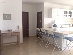 Apartment With one Bedroom in Alvor, With Shared Pool, Balcony and Wifi - 500 m From the Beach