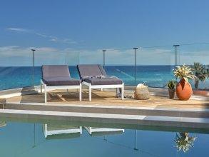 Oceanis Luxury Suites