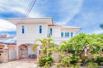 Tewaree Villa - Pattaya Holiday House Walking Street