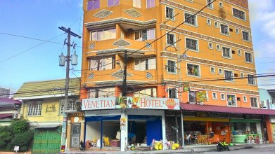 RedDoorz near Abad Santos Station