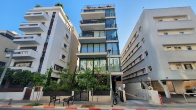 Exclusive 3BDR 5M from Rothschild TL40