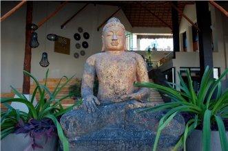 Aldea Thai by Moskito