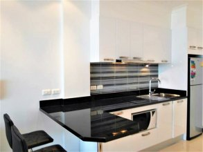 View Talay 8 Large Studio Apartment With sea View Pattaya