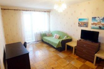 Апартаменты на Коломяжском 34