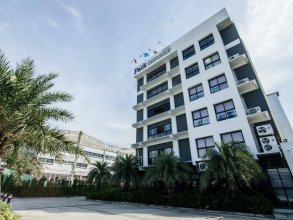 Park Srinakarin Hotel