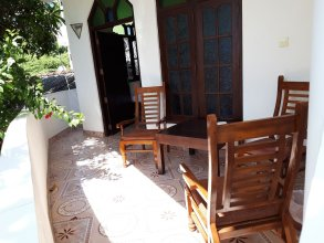 Sunil Garden Guesthouse Coffee and More