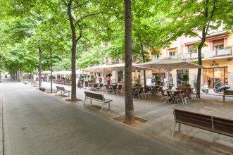 BBarcelona Gaudi Avenue Flats