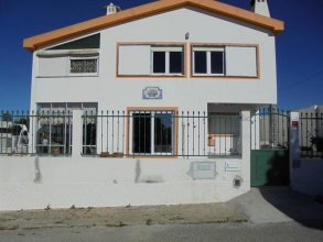 Apartment With 2 Bedrooms in A dos Cunhados, With Enclosed Garden and