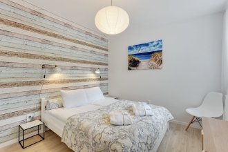 Lion Apartments - La Playa
