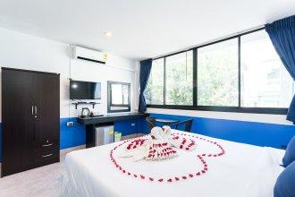 Chaweng Skybar & Hotel