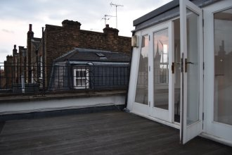 Home With Roof Terrace Hampstead Village