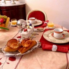 Bed & Breakfast Marchã D'Aligre