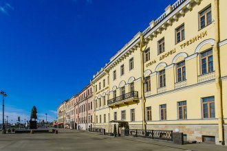 Отель Trezzini Palace