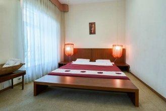 Апартаменты Home-Hotel, ул. Софиевская, 17