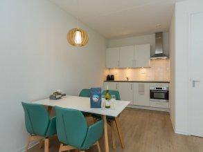 Luxury 6-person Apartment Within Walking Distance From Zoutelande Beach