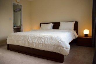Spacious 4 Bedroom Home On Graveley Street