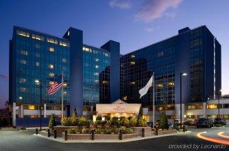 Crowne Plaza JFK Airport New York City, an IHG Hotel