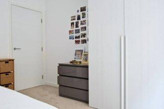 Modern 2 Bedroom Home in Kings Cross