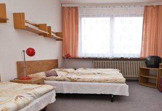 Domov mládeže a školní jídelna Karlovy Vary
