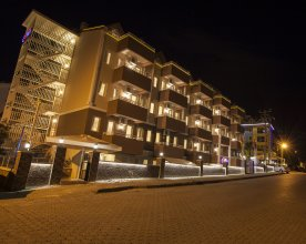 Comet De Luxe Hotel