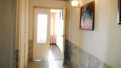 Апартаменты на Синявинской
