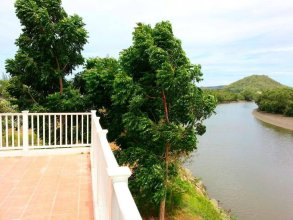 Pran River View Resort