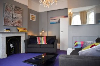 Spacious and Stylish 1 Bedroom Flat in Heart of Hove