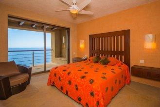 Luxurious Hillside Oceanfront 8 bedroom Villa Bellissima