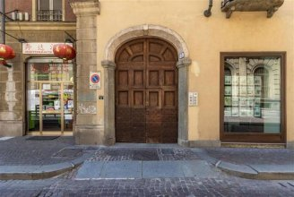 Torino Savoia Wooden Duplex Apt